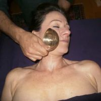 MASSAGE AYURVEDIQUE DU VISAGE  MUKHA MAHA MASSAGE